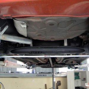 UR216561 barra antirollio posteriore post maggiorata ultra racing 16mm grande punto abarth evo mondotuning anti rollio mtelaborazioni